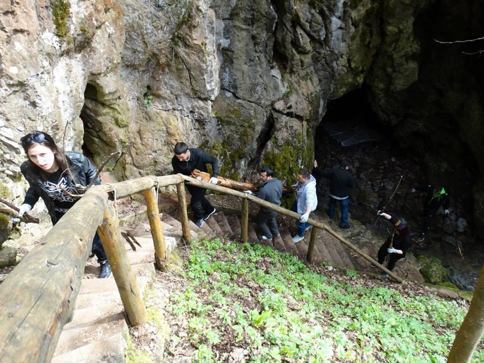 Akcija čišćenja Cerjanske pećine, Kancelarija za mlade GO Pantelej