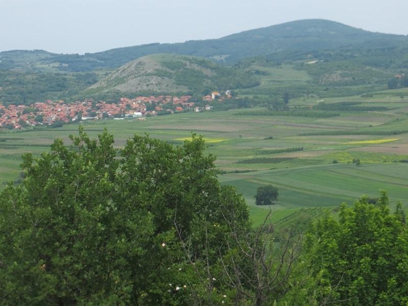 """Akcija """"Konstantinovo raskršće"""" - planinarenje, rekreacija i časovi istorije; Humska čuka"""