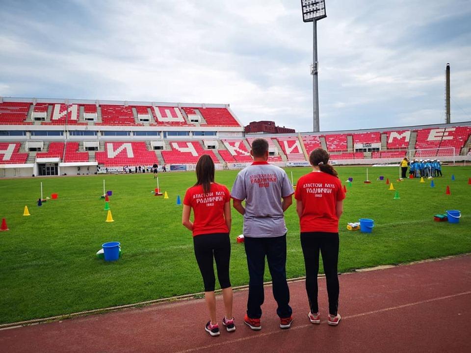"""20. Dečije igrarije na stadionu """"Čair""""; Foto: Atletski klub """"Radnički"""""""