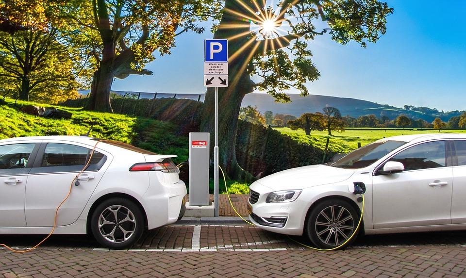 Do 2020. na ulicama će biti  sve više električnih automobila