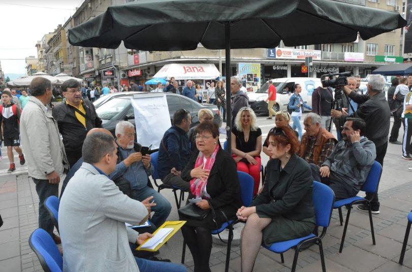"""Nišlije razgovarale sa opozicijom o problemima u gradu na prvoj """"zoni slobode"""""""