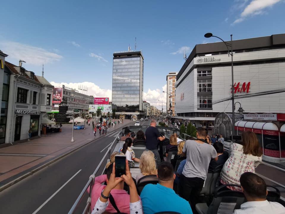 Od 15. jula panoramsko razgledanje Niša iz autobusa; Foto: Grad Niš