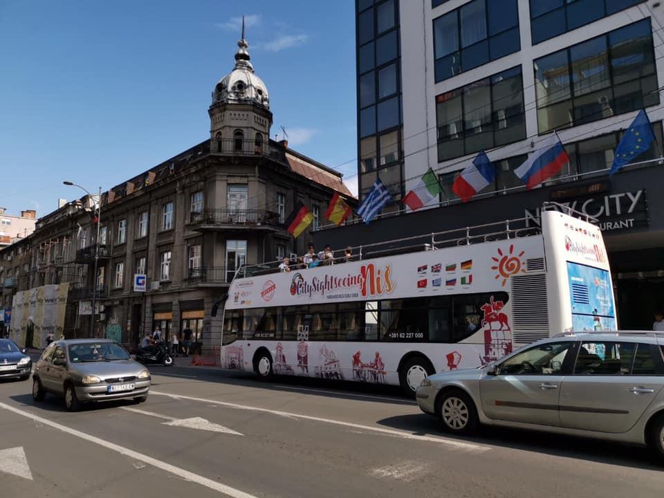 Od 15. jula panoramsko razgledanje Niša iz autobusa