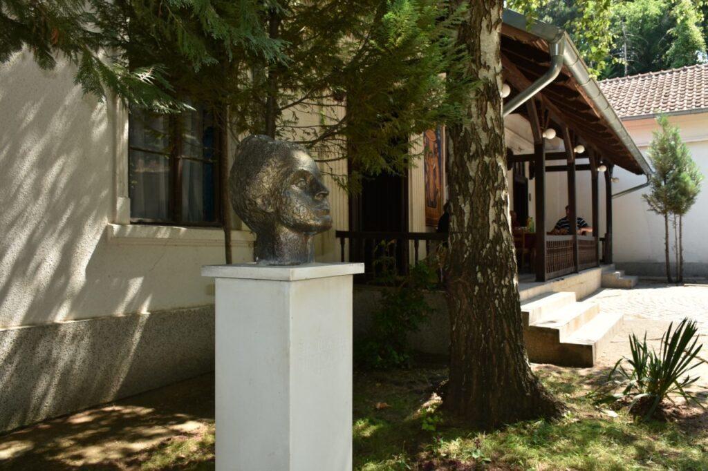 Renoviran deo zgrade Likovne kolonije u Sićevu