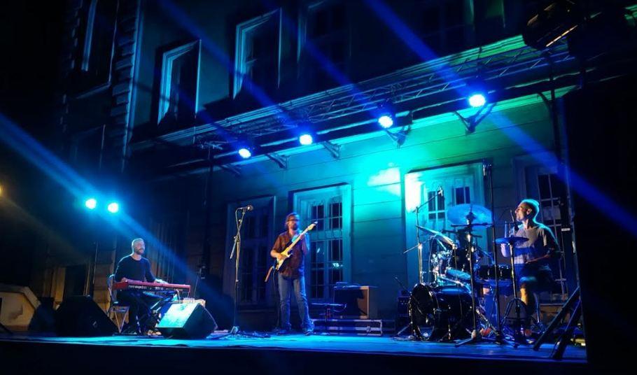 Dušan Jevtović trio osvojio publiku u Banovini