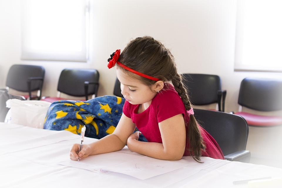 Školski rančevi sa knjigama često su mnogo teži, što negativno utiče na zdravlje dece