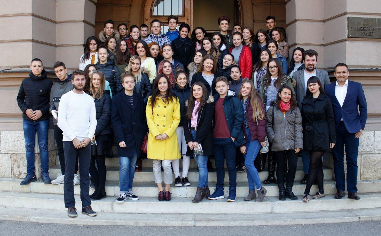 Mladi ambasadori