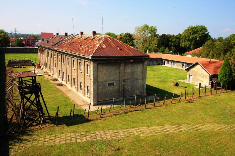 Od 1967. godine prostor nekadašnjeg Koncentracionionog logora pretvoren je u muzej posvećen svim žrtvama stradalim tokom Drugog svetskog rata