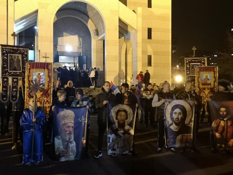 U Nišu održan drugi moleban i šetnja u znak podrške protestima u Crnoj Gori