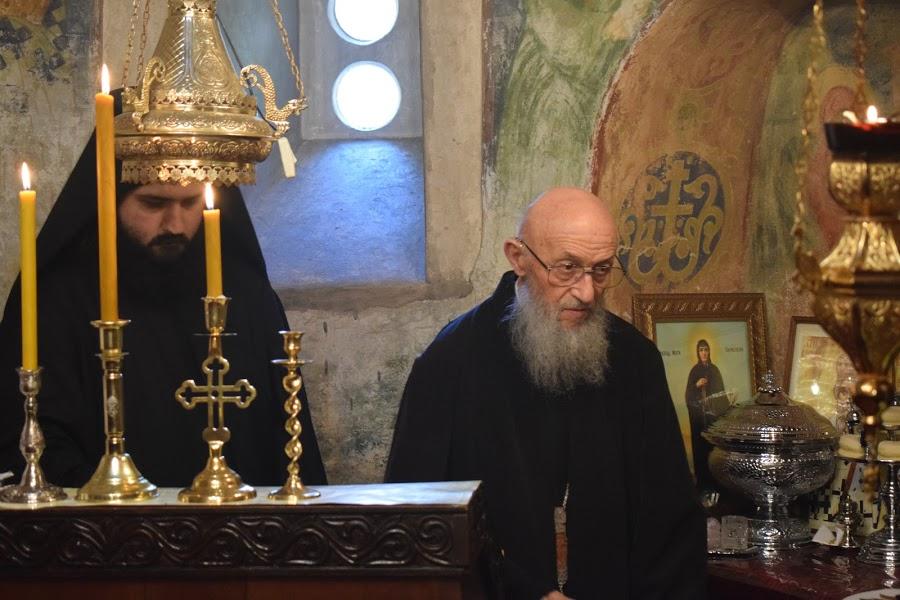 Starešina Manastira u Lipovcu, arhimandrit Dionisije;
